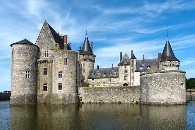 chateau de la Loire bets